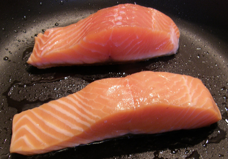 how to cook salmon with skin